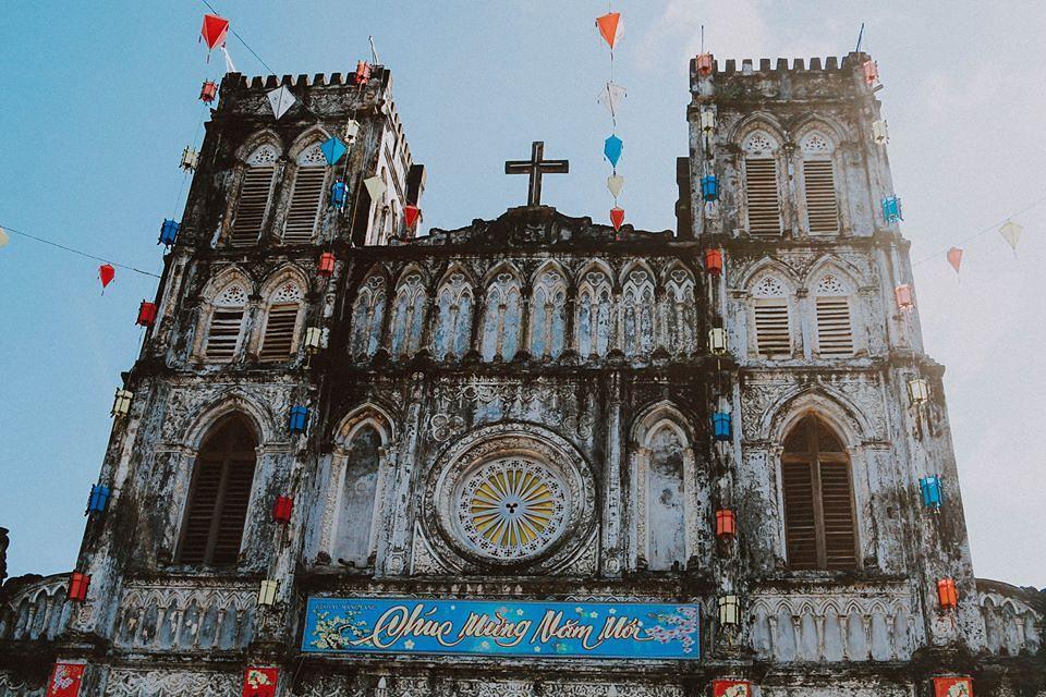 Nhà thờ Mằng Lăng - dấu tích kiến trúc Gothic cổ xưa