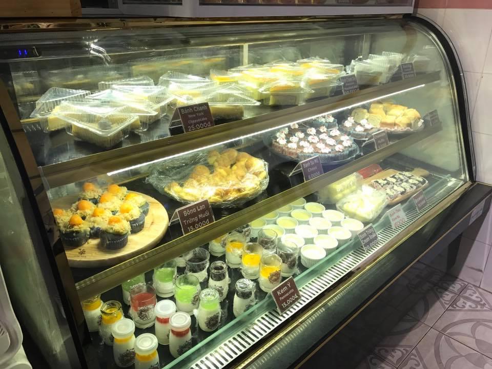 GẤU's Bakery Quy Nhơn – Ngôi Nhà Bánh Đầy Màu Sắc
