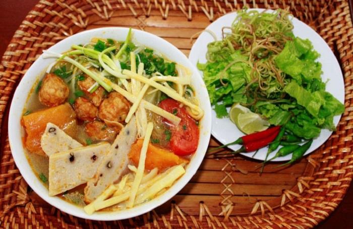 Ẩm thực Quy Nhơn - Top những quán ăn ngon có tiếng ở Quy Nhơn