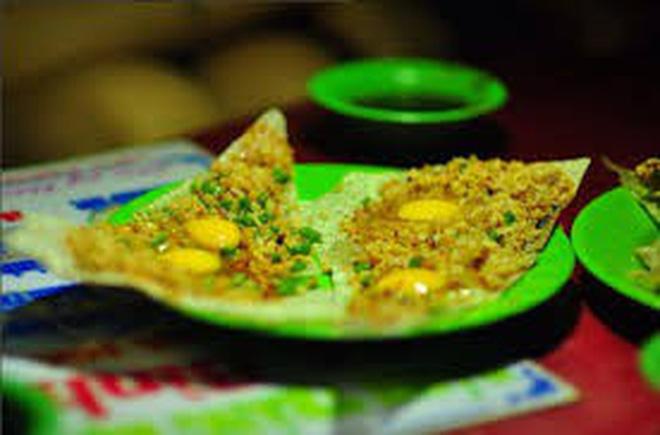 Ẩm thực Quy Nhơn: Hàng lọat món ăn vặt vừa rẻ vừa độc ở Quy Nhơn