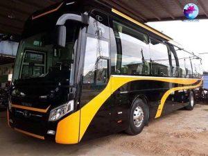 Thiết kế xe Limousine giường nằm với 2 màu vàng đen sang trọng