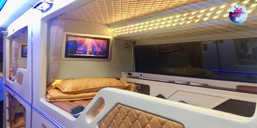 Xe khách limousine giường nằm Quy Nhơn