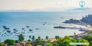 Cầu tàu Cù Lao Xanh nhìn từ Hải Đăng