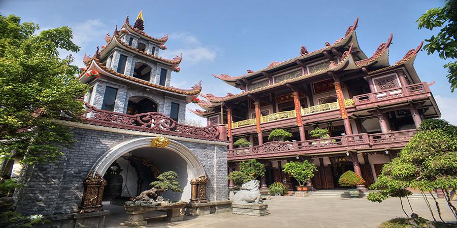 Du lịch Bình Định khám phá chùa thiên hưng vô cùng ấn tượng
