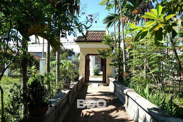 Lối vào Tịnh Nương Đương của họ Quách - một trong những ngôi nhà cổ trên 100 năm tuổi ở Thuận Nghĩa