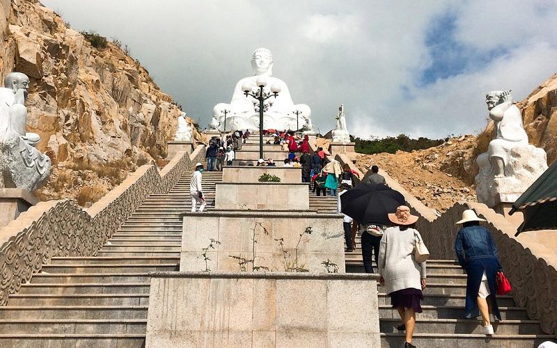Truy lùng những địa điểm nhất định phải đến khi du lịch Quy Nhơn