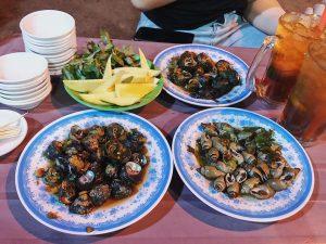 Hải sản ở Cù Lao Xanh rất tươi ngon nên khi đến đây hãy dành thời gian thưởng thức