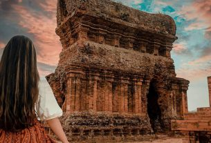 Du lịch Quy Nhơn là phải đến thăm tháp Bánh Ít