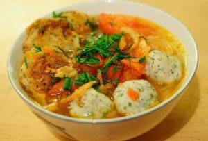 Bún chả cá Quy Nhơn là món ăn nổi tiếng của đất võ - Ảnh Internet