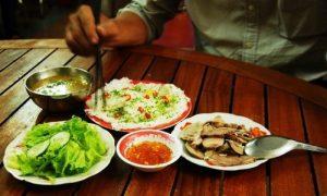 Bánh hỏi Diêu Trì là món ăn không thể thiếu vào buổi sáng của người Bình Định - Ảnh Internet