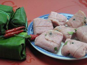 Nem chợ Huyện là món ăn nổi tiếng của Bình Định - Ảnh Internet