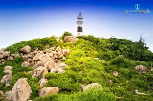 Hải đăng Cù Lao Xanh - biểu tượng của đảo.