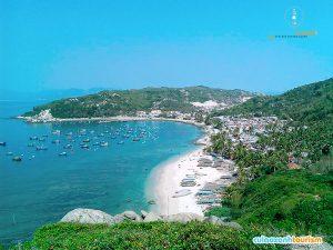 Biển Cù Lao Xanh rất sạch.