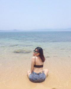 Bãi biển Cù Lao Xanh vắng vẻ và yên bình - ẢNh Internet