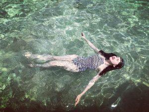 Làn nước biển trong xanh ở Cù Lao Xanh - Ảnh Internet