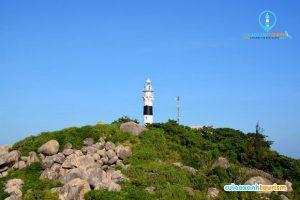 Hải đăng trên đảo Cù Lao Xanh (Ảnh: ST)
