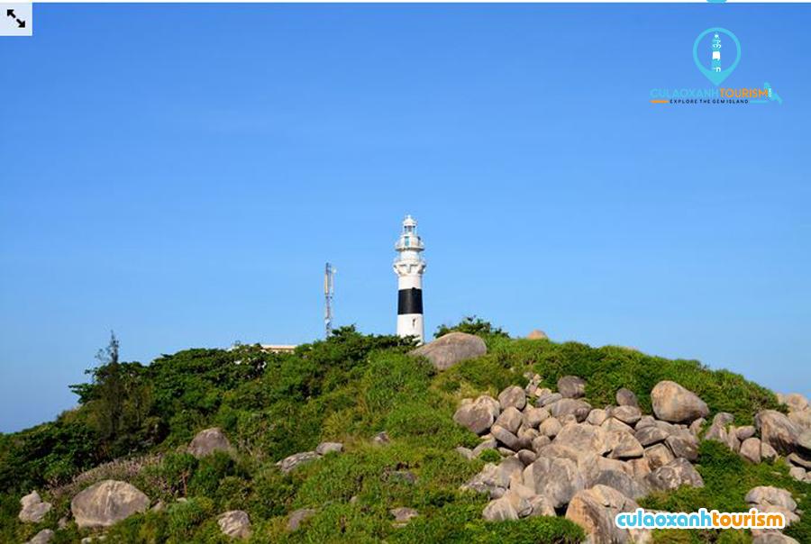 Hải đăng trên đảo Cù Lao Xanh