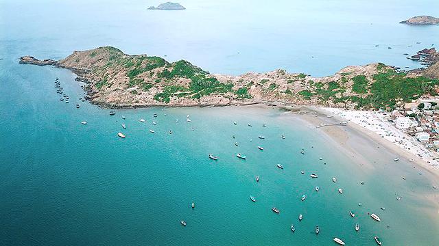 Bãi biển Nhơn Lý, Bình Định.