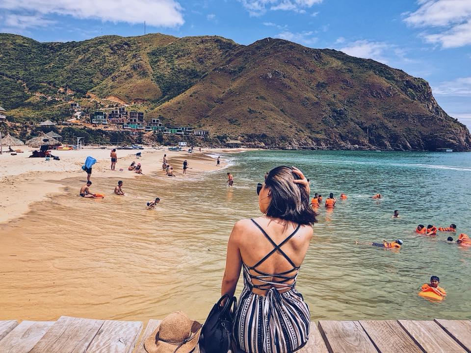 Cù Lao Xanh là điểm đến tuyệt vời để tắm biển - Ảnh ST