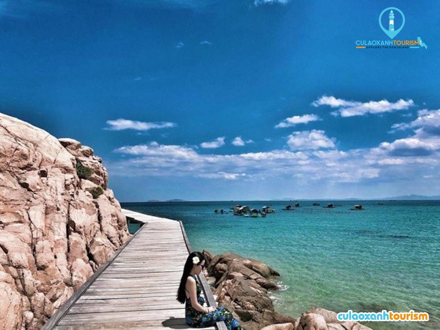 Bãi biển Kỳ Co được ví là Maldives của Việt Nam.
