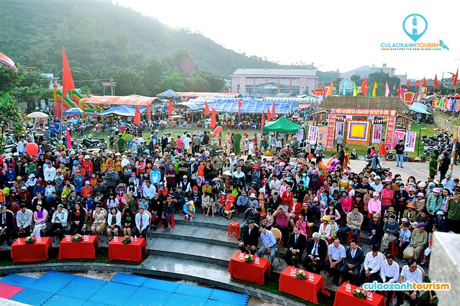 Mỗi năm họp chợ 1 lần vào mùng 1 Tết, Chợ Gò là một trong số ít chợ đặc biệt của người Việt - Ảnh ST