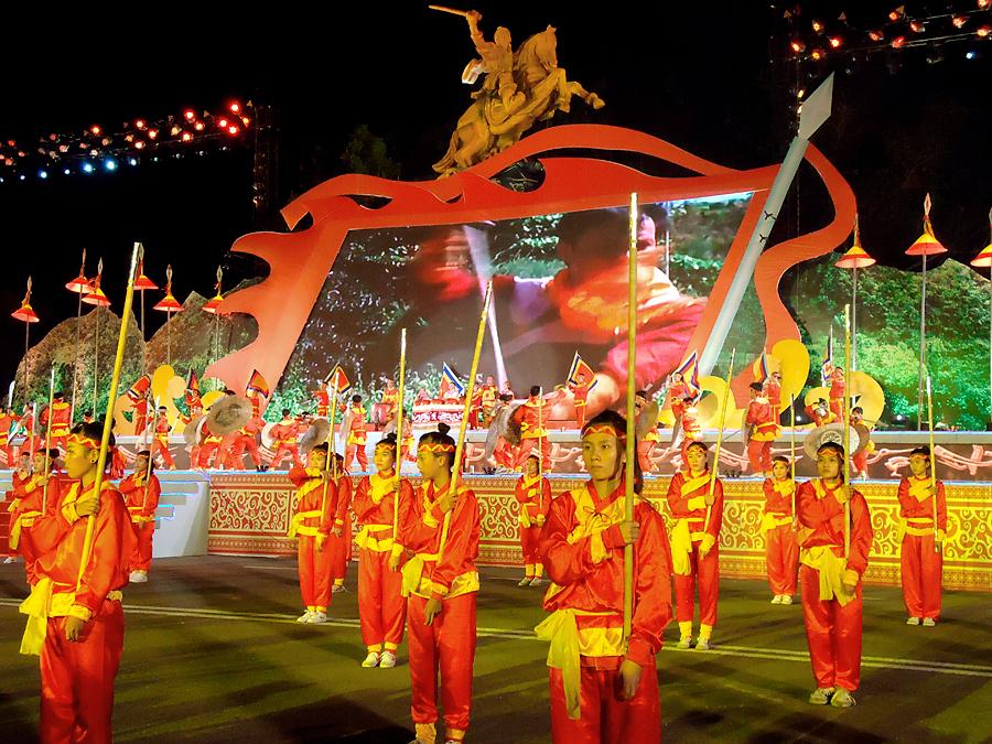 Tiết mục nhạc võ Tây Sơn là môn nghệ thuật độc đáo của tỉnh Bình Định (Ảnh ST)