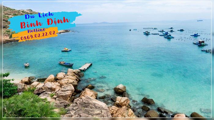 Điểm du lịch hòn Khô nước xanh trong - Ảnh: Dao Pham