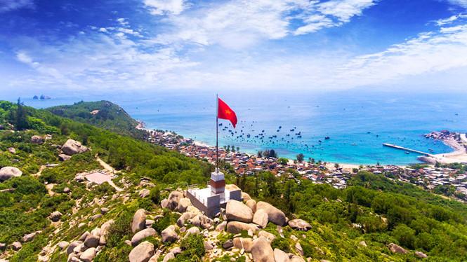 Cột cờ thanh niên ở Cù Lao Xanh