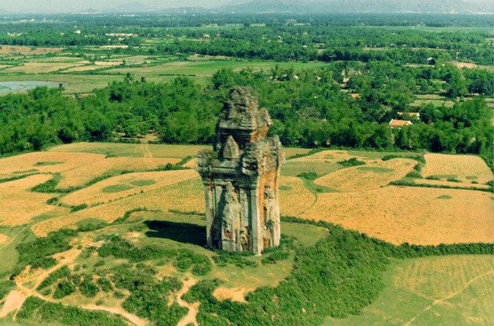 Nét hoang sơ của thiên nhiên nơi tháp Cánh Tiên tọa lạc - Ảnh: Ngày Xửa Ngày Xưa