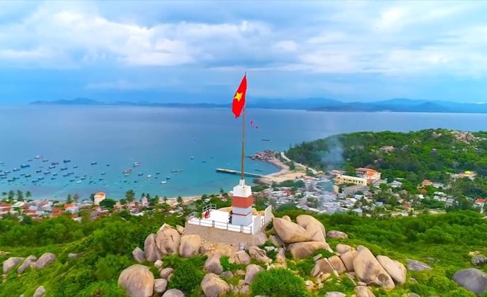Khám phá biển đảo Cù Lao Xanh