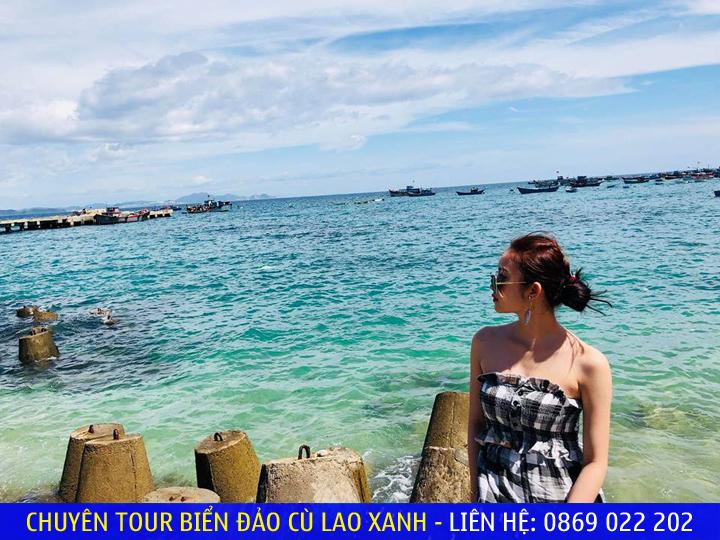 Biển trong xanh của Cù Lao Xanh